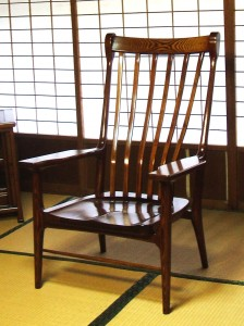 拭漆欅安楽椅子の画像