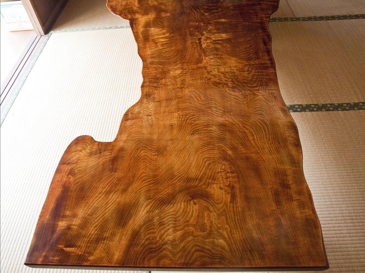 拭き漆栃座卓の甲板画像 その1