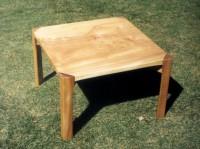 栃ローテーブルの画像