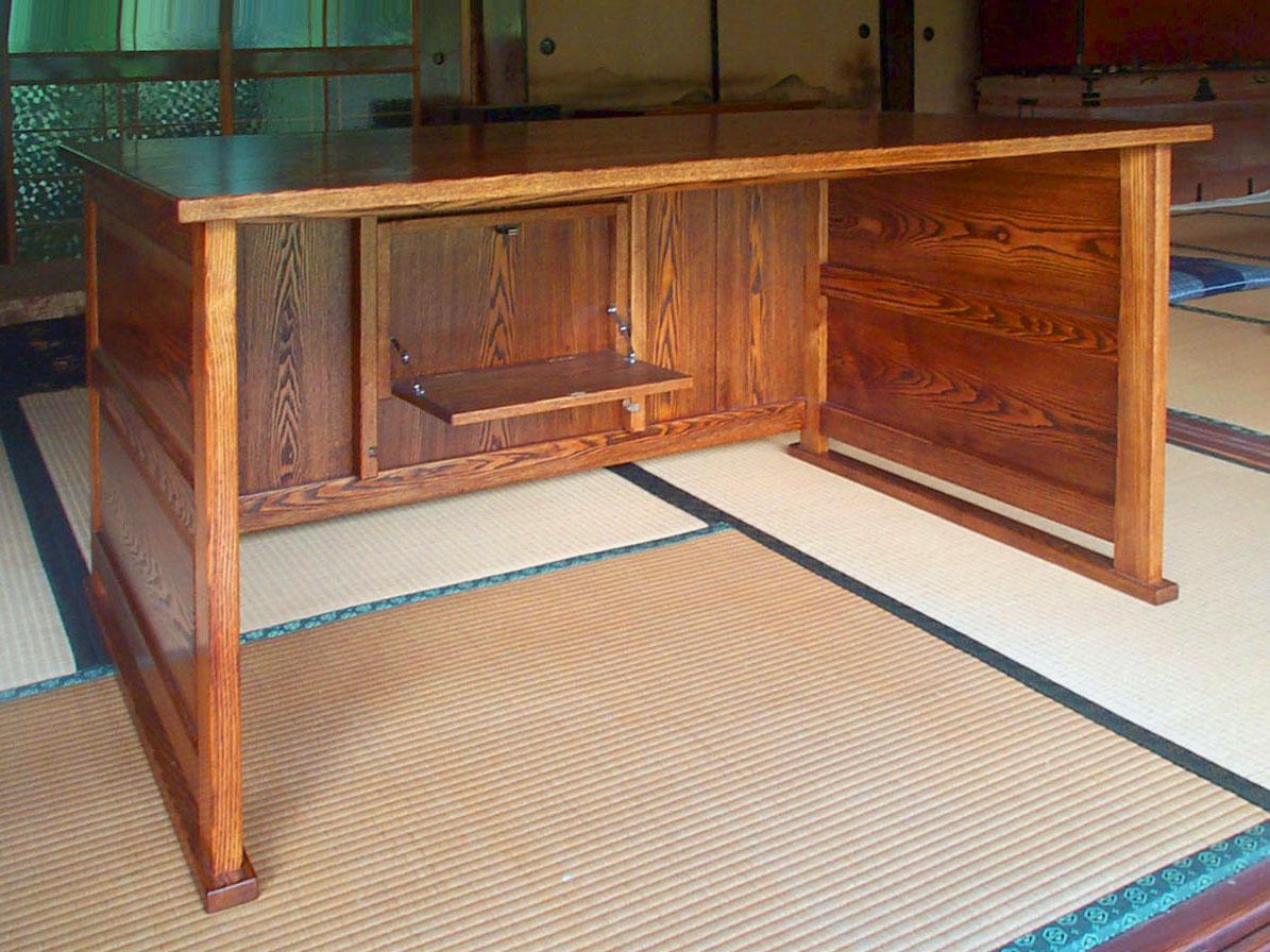 拭き漆タモ書斎机の内部画像