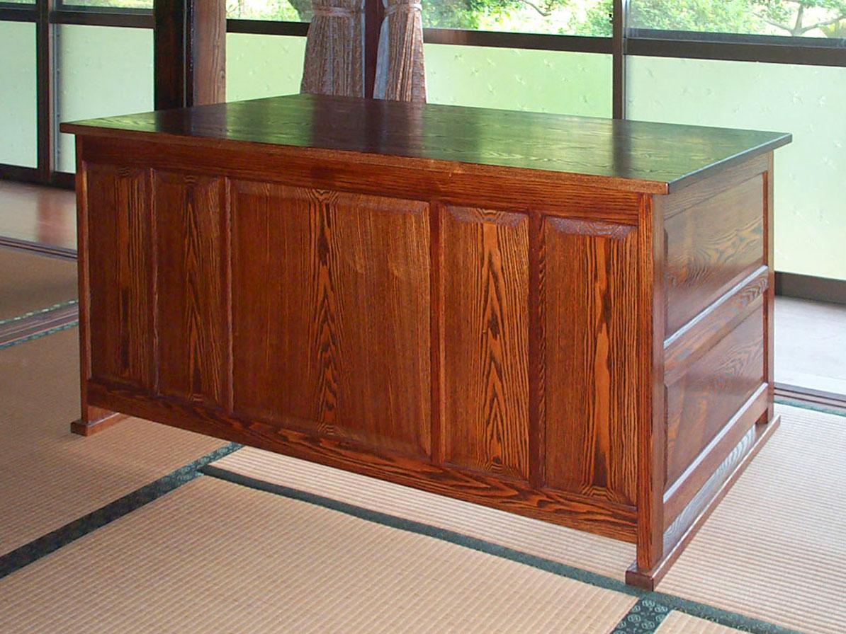 拭き漆タモ書斎机の全体画像