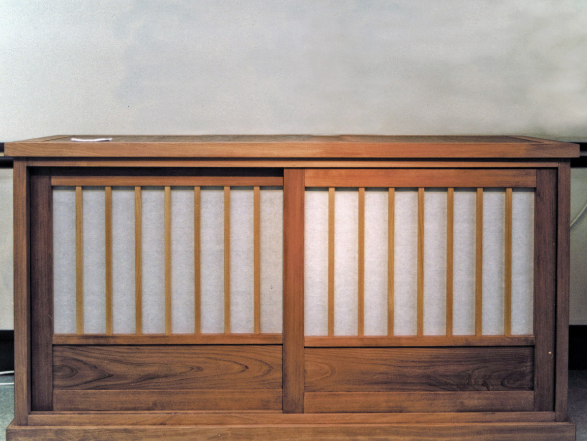 水屋(和紙扉)の内部画像
